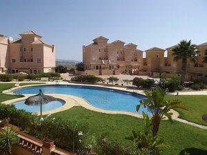 Apartment for rent in Valle del Este Golf, Almeria